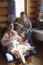 Олег, Наташа, Женя и Алёнка